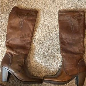 Frye boots size 6.5 never worn